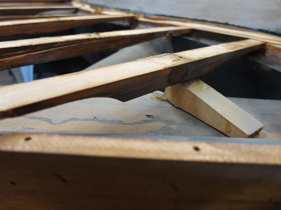 how to fix a cracked piano soundboard